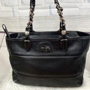 C O A C H : Pebble Leather Large Shoulder Bag